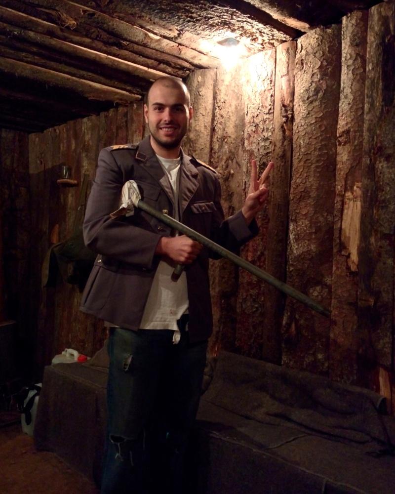 Arjian no bunker do War Hostel