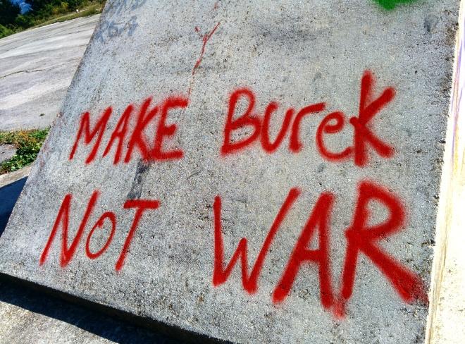 Faça burek, não guerra