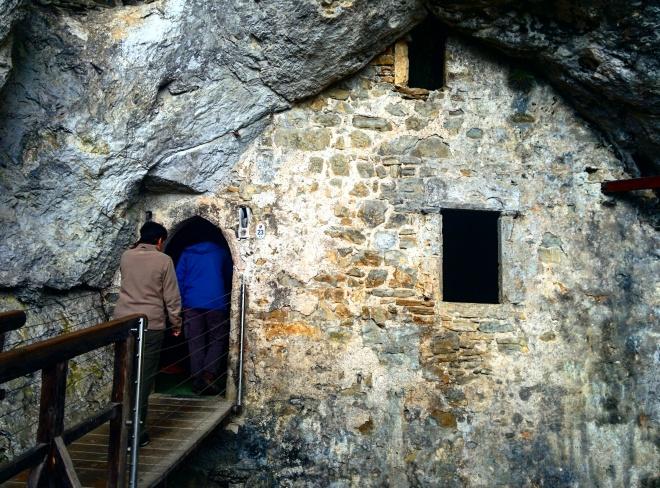 Entrada para o Castelo na caverna