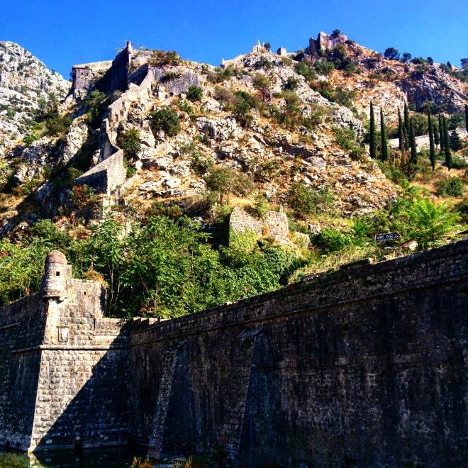 fortaleza otomana montenegro kotor