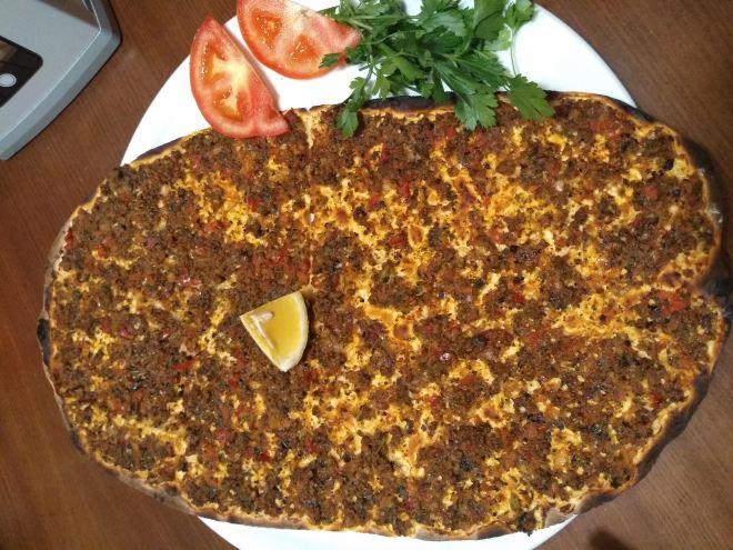 pratos típicos provar turquia lahmacun