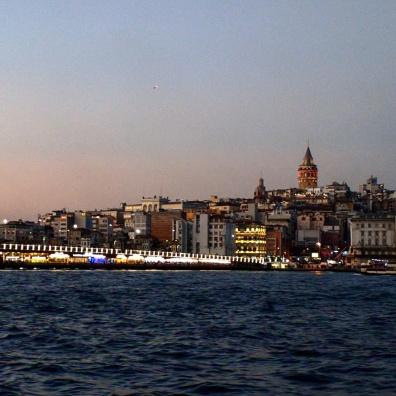 Passeio pelo Bósforo Istambul entre dois continentes