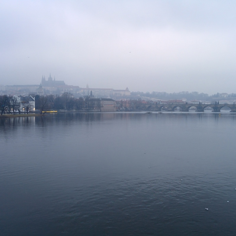 Castelo de Praga névoa