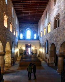 Dentro da Igreja de São Jorge