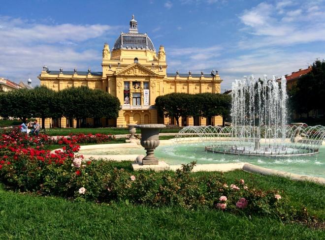 Art Pavillion Zagreb 2