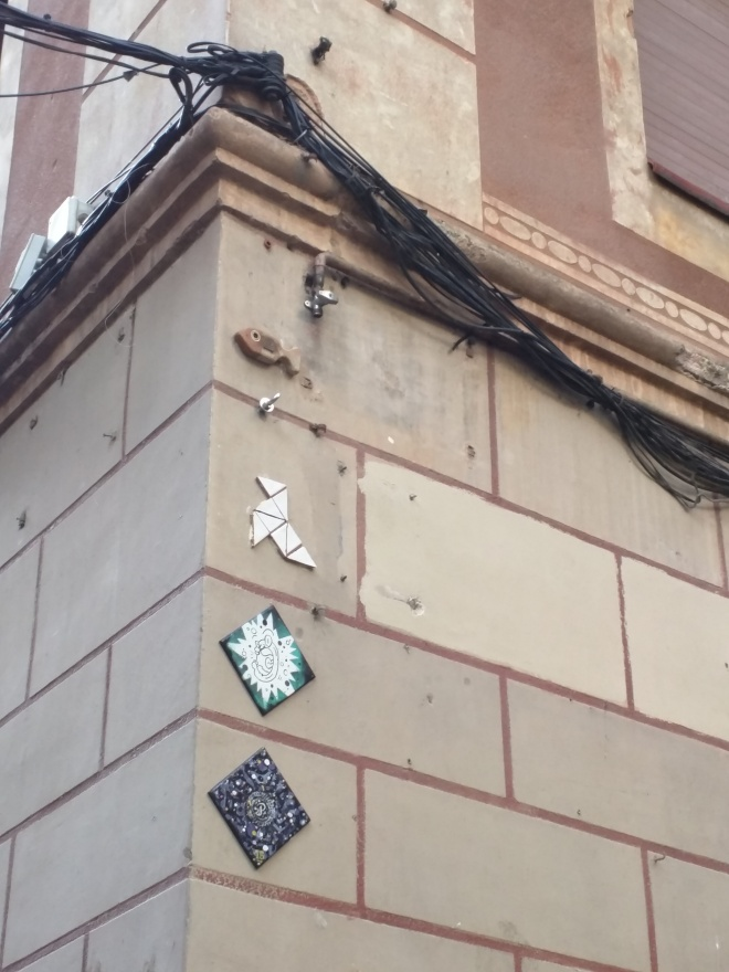 Arte de rua no bairro gótico de Barcelona