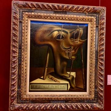 Teatro Museu Dalí auto retrato