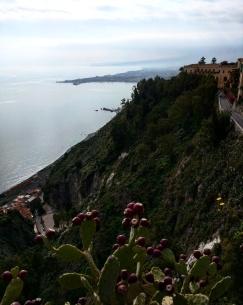 vista-do-mar-de-taormina