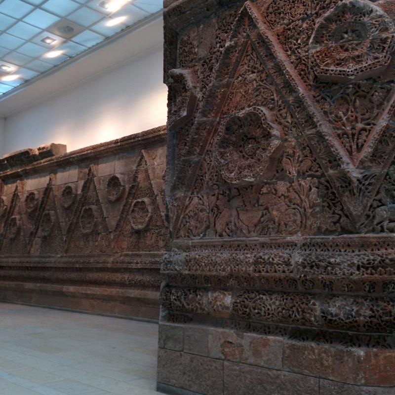 pergamon-museum-berlim-fachada-mshatta