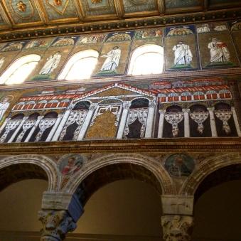 basilica-de-san-apolinare-nuovo-ravenna-2