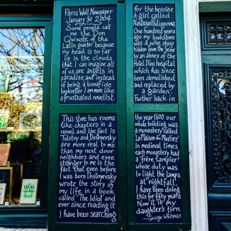 painel-george-whitman-shakespeare-and-co