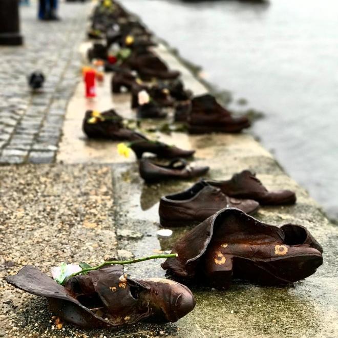 sapatos-danubio-budapeste-memorial-holocausto-2