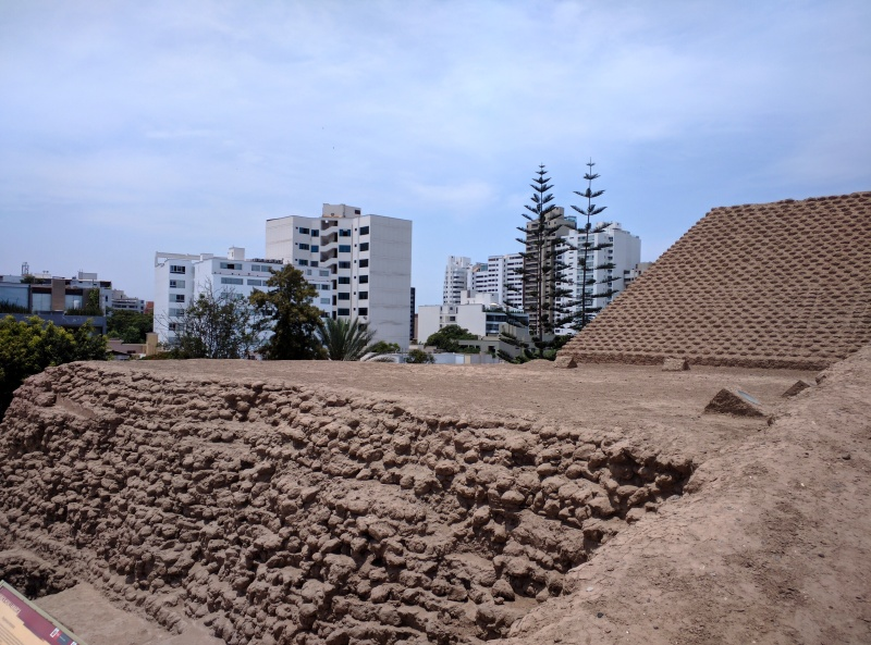 Huaca Huallmarca Lima pirâmide 2