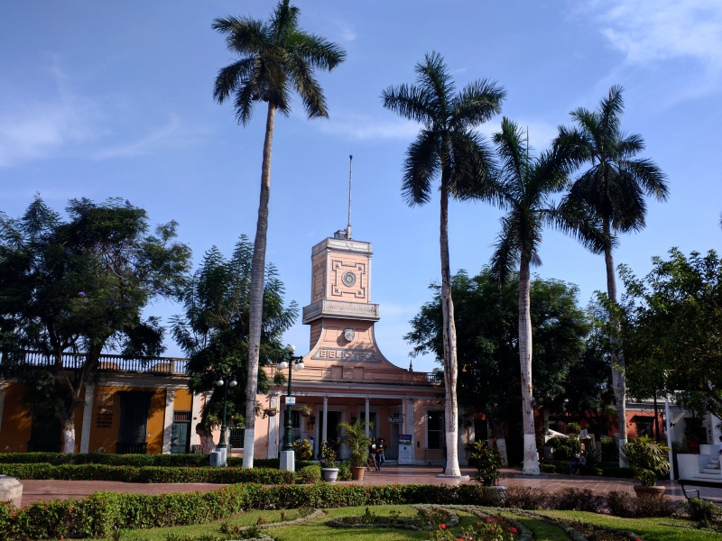 Lima barranco biblioteca