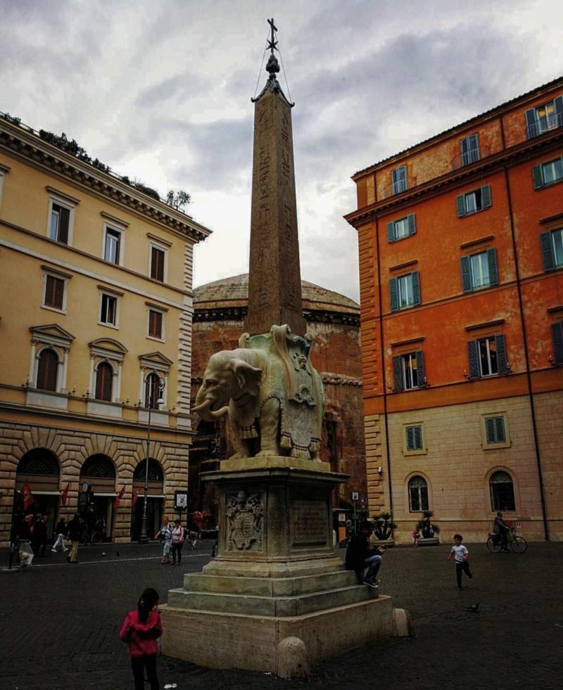 Piazza Minerva praças de Roma 1
