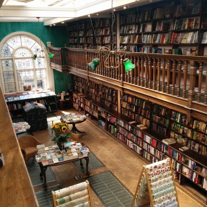 Daunt books livrarias mais bonitas do mundo 2