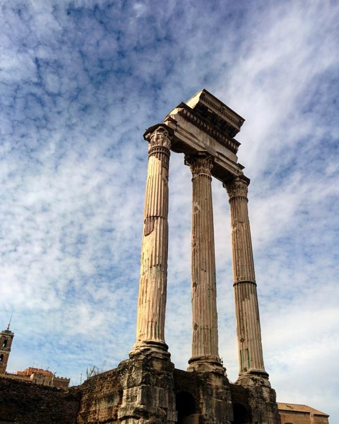 Templo dos dioscuros forum romano