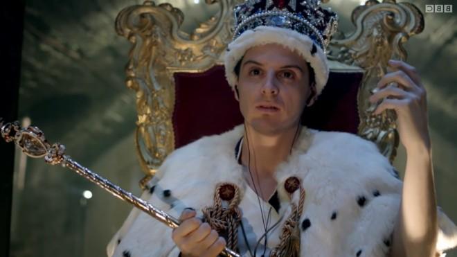 Moriarty com as jóias da coroa britânica
