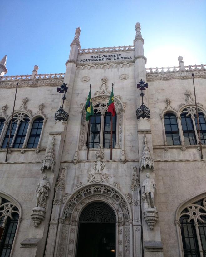 Real Gabinete Portugues de Leitura - bibliotecas mais bonitas do mundo 8