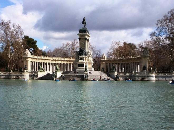 Buen Retiro monumento alfonso IX