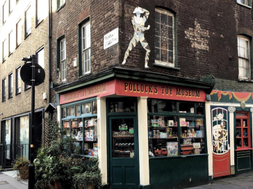 Pollck toy museum Bloomsbury Londres