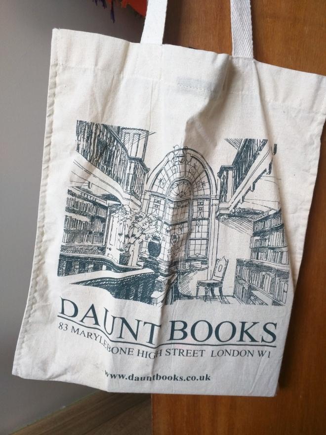 Sacola de livros daunt books