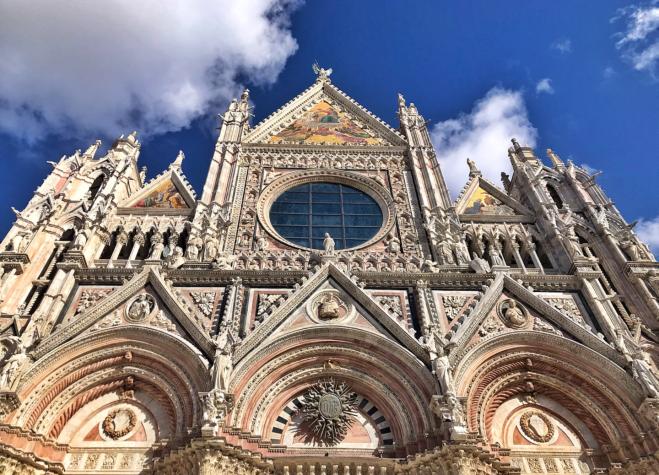Duomo de Siena de perto
