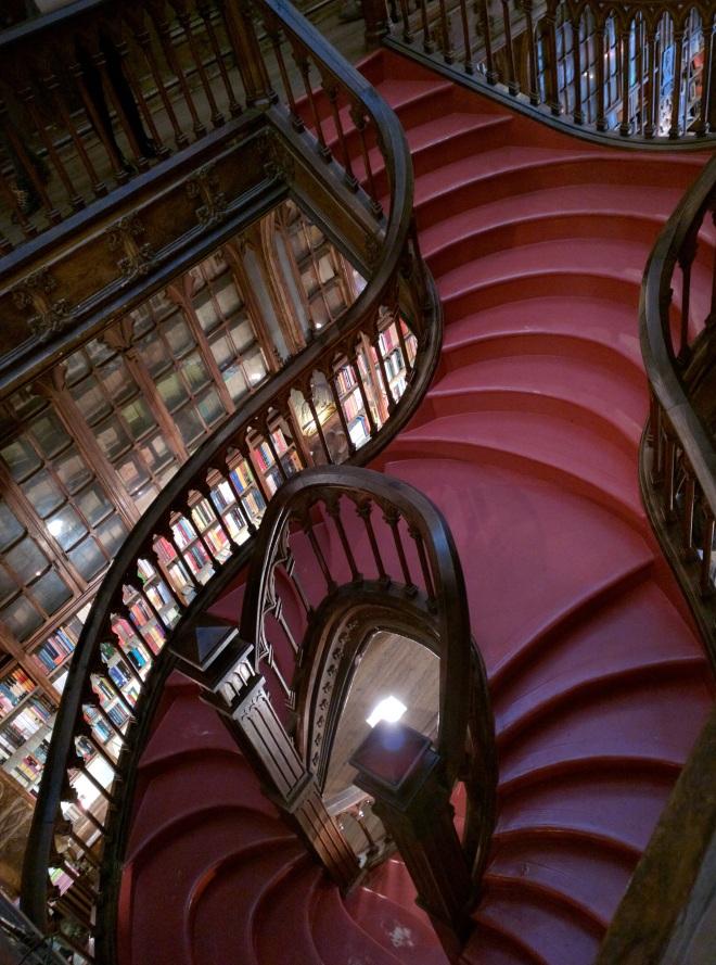 Livraria Lello portugal livrarias mais bonitas do mundo3