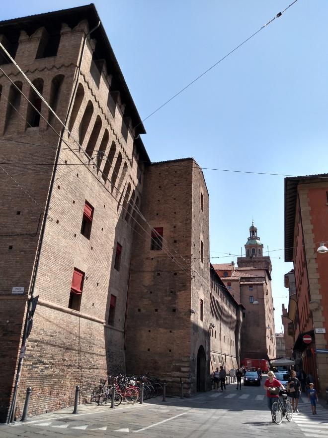 Bologna torres medievais torre dei lapi