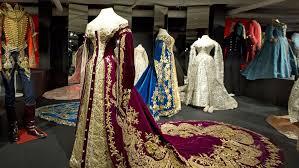 hermitage deposito petersburgo roupas