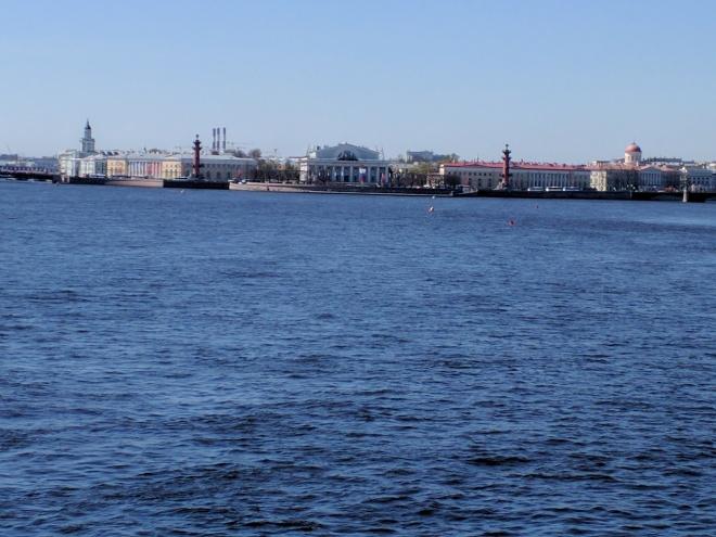 Petersburgo Fortaleza de Pedro e Paulo vista para a ilha vassilievski