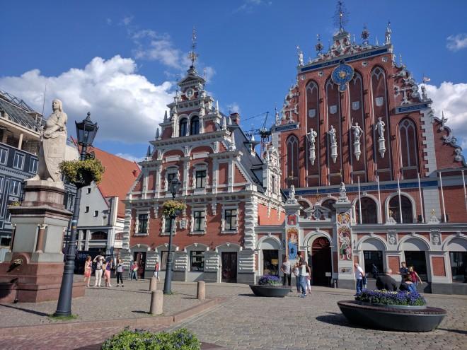 Riga Letonia casa das cabeças negras