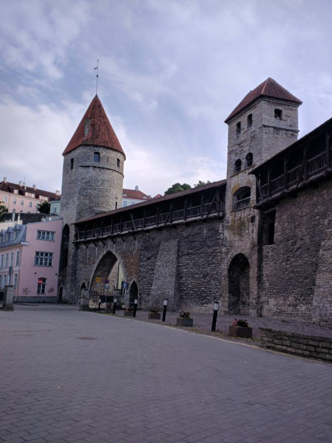 Tallinn centro historico muralhas