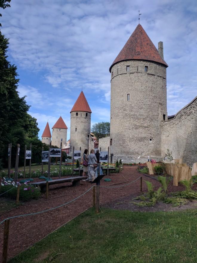 Tallinn centro historico praça das torres