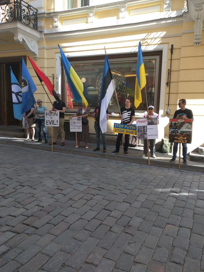 Tallinn centro historico protesto anti-putin
