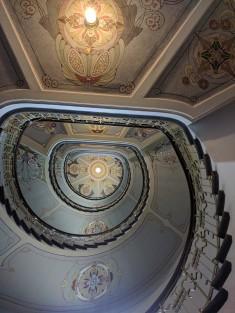 Letonia Riga Museu Art Nouveau escadaria 3