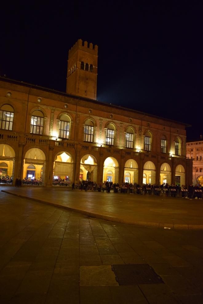 Bologna Piazza Maggiore Palazzo del podestà