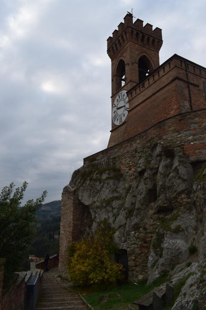 Brisighella borgo italia torre relogio 1