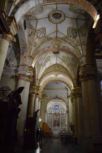 Puglia Lecce duomo interior 1