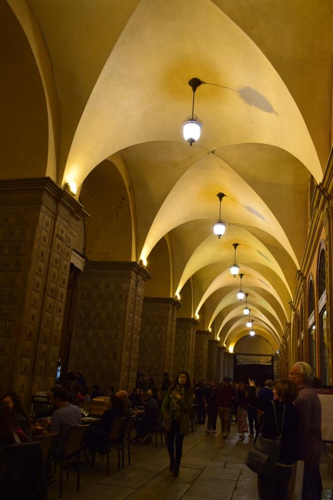 Bologna porticos palazzo del podesta