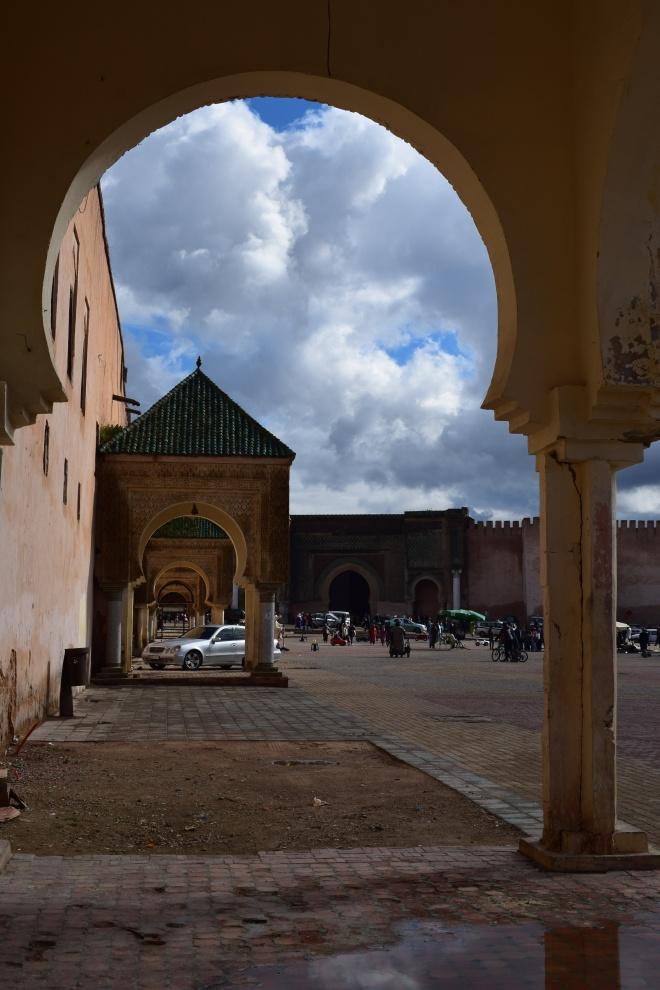 Meknes cidade imperial Marrocos place el hadim 1