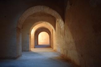 Meknes cidade imperial Marrocos prisão habs qara