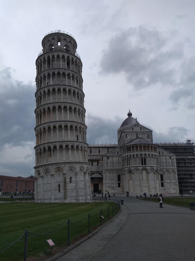 Pisa torre inclinada