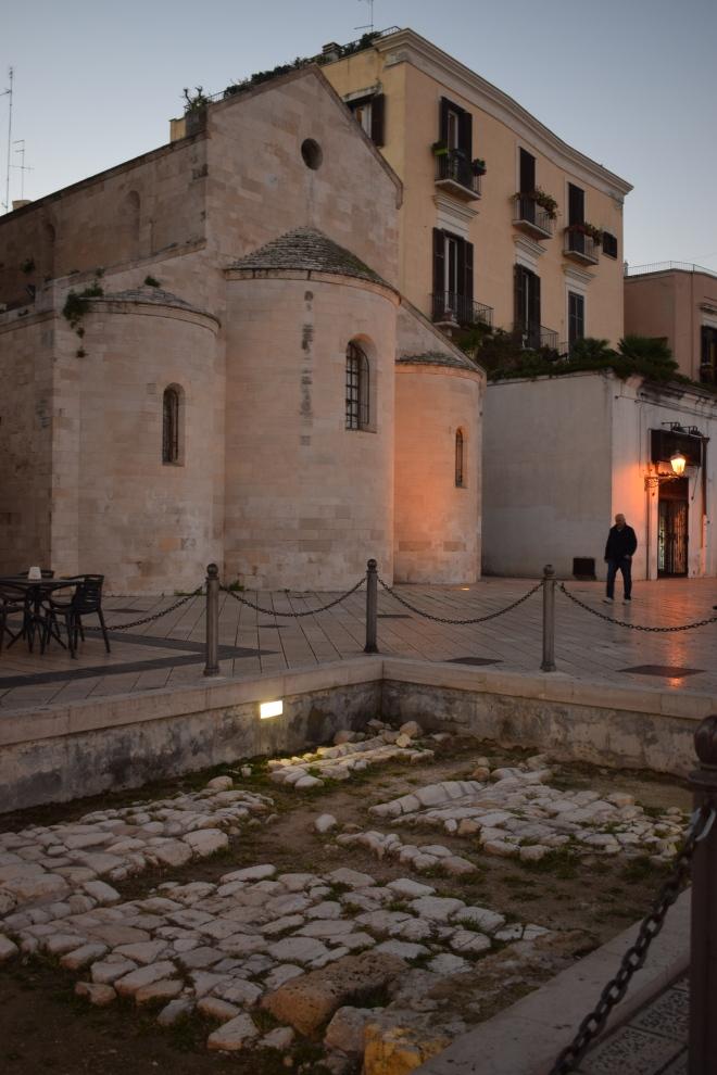 Puglia Bari piazza ferrarese