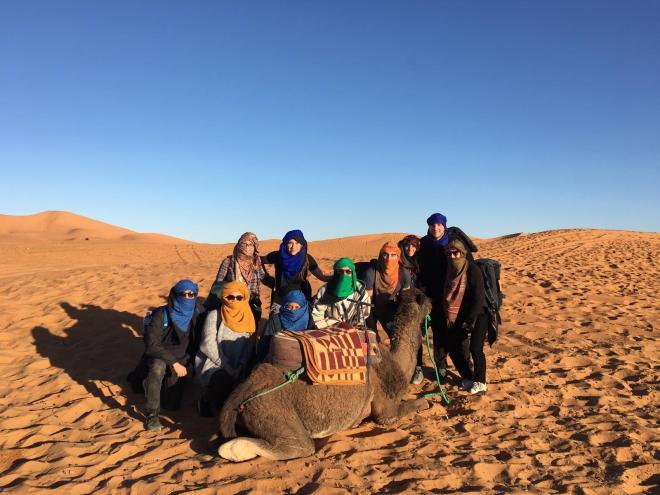 Saara Marrocos turbantes camelo