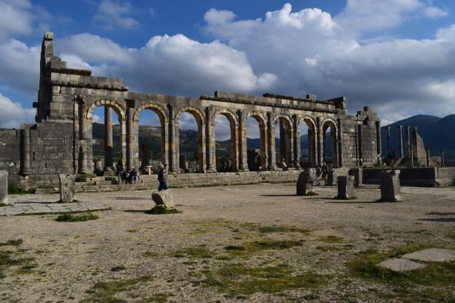 Volubilis ruinas romanas Marrocos Basilica 2