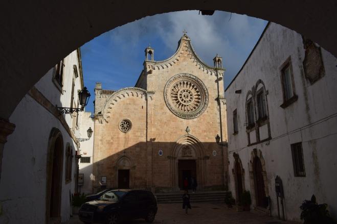 Ostuni cidade branca puglia italia catedral