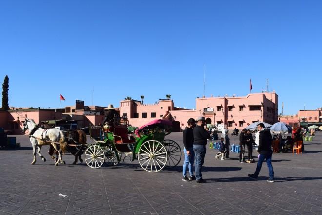Marrocos Marrakech praça central djema el-fna manhã