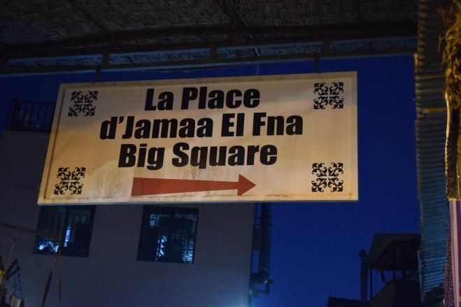 Marrocos Marrakech praça central djema el-fna placa