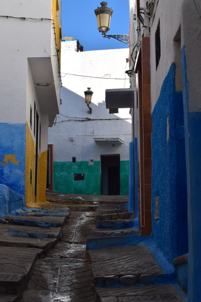 Marrocos Tetouan medina ruas coloridas